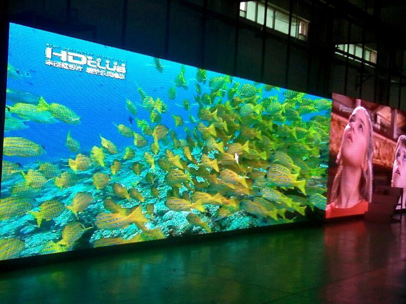 Economical Outdoor LED Display Panel with 640X960mm (P6.67)