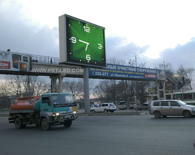 High Brightness Full Color Outdoor P6 LED Advertising Player on Standing Poles