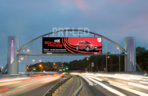 Outdoor Full Color Digital Display LED Billboard with 3.8V P10 Modules